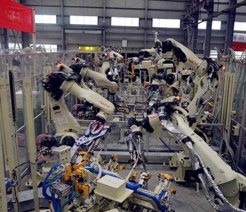 汽车自动化装配机械手